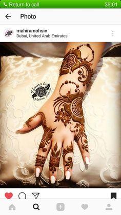 Beautiful Hijab Style For Wedding 2018 In Different Design Arabian Mehndi Design, Khafif Mehndi Design, Bridal Henna Designs, Mehndi Design Pictures, Bridal Mehndi Designs, Mehndi Images, Indian Henna Designs, Simple Arabic Mehndi Designs, Stylish Mehndi Designs