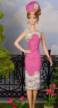Posh Pink for Silkstone Barbies by HankieChic on Easy.  I think I would like a fuller skirt.