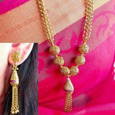 Gold Jewelry Simple, Gold Rings Jewelry, Gold Jewellery Design, Charm Jewelry, Jewlery, Indian Wedding Jewelry, India Jewelry, Diamond Jhumkas, Bijoux