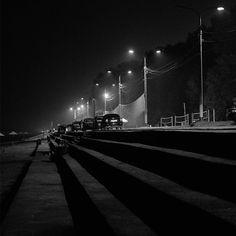 45 отметок «Нравится», 1 комментариев — Головин Михаил (@golovinfoto) в Instagram: «#осень #autumn #night #ночь #пляж #beach #city #город #Fujifilm #FujifilmRu #xt1 #xf35 #bw #чб…»
