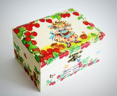 Vintage Strawberry Shortcake Music Jewelry/Jewellery Box, When You Wish Upon a Star by Retrorrific on Etsy