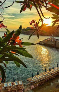 Romantic sunset Antalya, Turkey by beautifuldestinations Wonderful Places, Beautiful Places, Beautiful Pictures, Beautiful Sunset, Beautiful World, Beautiful Days, Nature Pictures, Belle Photo, Beautiful Landscapes