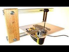 Jigsaw Table (serra tico tico bancada) http://www.jigsawtable.net This multipurpose jigsaw table makes cutting easier for beginners, hobbyists and profession...