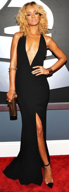 To be honest, I don't care for her hair. But her Armani dress is AMAZING!! *Fashion Police Best Dressed of the week.
