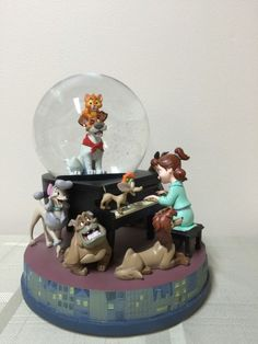 Rare Disney Oliver and Company Snow Globe Figure