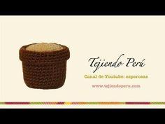 Tutorial Mini Cactus en Crochet - YouTube Crochet For Boys, Crochet Home, Love Crochet, Easy Crochet, Crochet Amigurumi, Amigurumi Patterns, Crochet Yarn, Crochet Patterns, Crochet Cactus