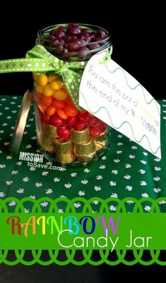 Gifts in a Jar are very popular right now. Check out this cute and easy DIY Rainbow Candy Jar (+ Free Printable Tags) Perfect for St. Patrick s Day (or any day! Free Printable Tags, Free Printables, Rainbow Candy, Diy Crafts To Do, Tree Crafts, Easy Diy Gifts, Irish Blessing, Pot Of Gold, Jar Gifts