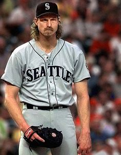 """Randy Johnson - """"The Big Unit"""" ... Dude was straight SCARY on the mound."""