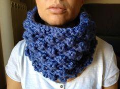 Bufanda tubular azul celeste / Pixie Loves It - Artesanio