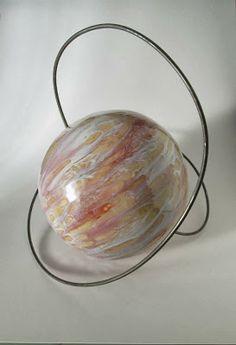 Ceramica Artistica Artigianale, pianeta in orbita anomala