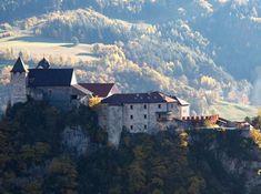 Meno di 10 suore vivono oggi nel Monastero di Sabiona,  situato in  provincia di Bolzano