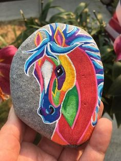 Painted rock animals - 25 Suprising DIY Projects Painted Rocks Animals Horse for Summer Ideas – Painted rock animals Pebble Painting, Pebble Art, Stone Painting, Diy Painting, China Painting, Rock Painting Patterns, Rock Painting Ideas Easy, Rock Painting Designs, Stone Crafts