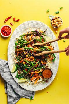 EPIC Weeknight Cauliflower Rice Stir Fry with Veggies + Cashews! 30 minutes, SO healthy + satisfying #vegan #plantbased #cauliflowerrice #stirfry#glutenfree #minimalistbaker