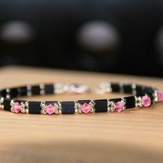 Petit bracelet avec des tila et des toupies #perlesandco #jenfiledesperlesetjassume #perlesaddict #miyukibeads #swarovski #bracelet