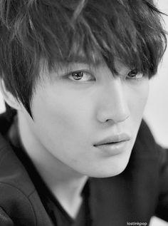 Kim Jae Joong 김재중 from JYJ (formally TVXQ! 東方神起 / DBSK 동방신기)