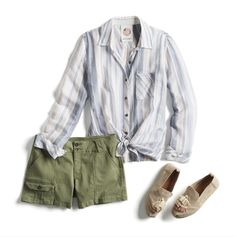 Monthly Stitch Fix Trends Love the casual shorts and top Summer Outfits, Casual Outfits, Cute Outfits, Fashion Outfits, Casual Wear, Fashion Ideas, Casual Shorts, Women's Fashion, Stitch Fit