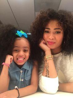 Itsamommydaughterthing