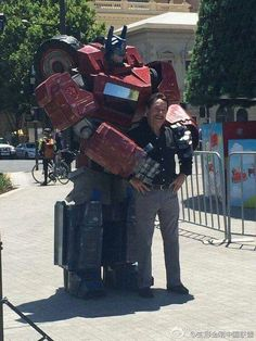 Optimus Prime and Peter Cullen!!! :O