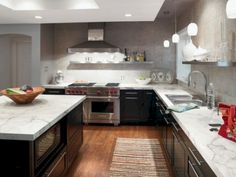 Inspiring 35+ Beautiful Kitchen Cabinets Ideas With Countertops https://decoredo.com/10659-35-beautiful-kitchen-cabinets-ideas-with-countertops/