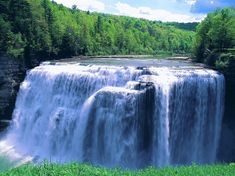 Nature - Letchworth State Park, New York State Park Letchworth State Park, Famous Waterfalls, Beautiful Waterfalls, Natural Waterfalls, Gifs, New York Wallpaper, Black Wallpaper, Places To Travel, Places To Visit