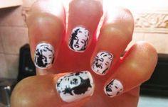 Diseños de uñas Marilyn Monroe, diseño de uñas marilyn.   #decoraciondeuñas #decoratednails #uñassencillas