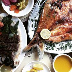 Masgouf fish from an Iraqi restaurant. [OC][1667x1667]