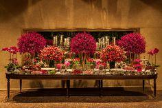 Decoração de casamento pink - Mesa de doces  ( Decoração: Roberta Fasano   Foto: Helson Gomes )