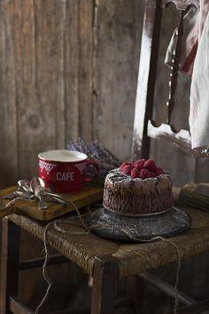 Chocolate&Raspberry cake by Raquel Carmona www.lostragaldabas.net