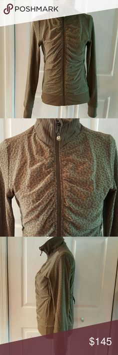 Rare Lululemon two sided jacket blouse Size M -6  In very good pre owned condition lululemon athletica Jackets & Coats Blazers