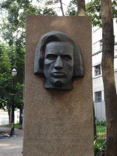 Centro de São Paulo: Chopin, escultura da Praça Dom José Gaspar