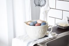 'beet and blueberrie' eggs Egg Dye, Bassinet, Easter Eggs, Bed, Furniture, Beauty, Home Decor, Crib, Decoration Home