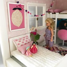 Such a lovely tween bedroom, hard to believe its in a Lundby Dollhouse, it looks so real (image: @littlefishcreatonsaus) https://lundby.com.au/