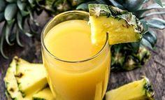 Jus-à-l'ananas-avec-de-la-menthe