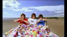 supergrass alright - YouTube