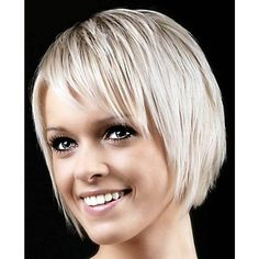 Super Kurzhaarschnitte mit Pony - Einfache Frisur super short haircuts with bangs hai Short Haircuts With Bangs, Thin Hair Haircuts, Cute Hairstyles For Short Hair, Easy Hairstyles, Beautiful Hairstyles, Hairstyles 2018, Choppy Hairstyles, Hairstyle Ideas, Haircut Short