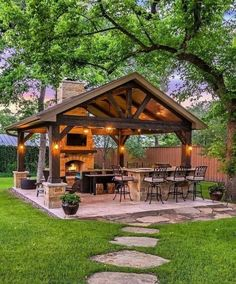 Modern Backyard Kitchen Ideas Do you want to build a back yard cabin? You need to determine what your needs are before you start laying the framework for your modern backyard kitchen. Rustic Outdoor Fireplaces, Outdoor Fireplace Designs, Outdoor Patio Designs, Patio Ideas, Outdoor Ideas, Fireplace Ideas, Outdoor Fireplace Patio, Rustic Patio, Patio Landing Ideas