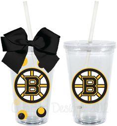Even though I'm not a Bruins fan I love this so much Boston Bruins Hockey, Blackhawks Hockey, Patriots Football, Hockey Mom, Hockey Teams, Peace Lily, Acrylic Tumblers, Boston Sports, Christmas 2014