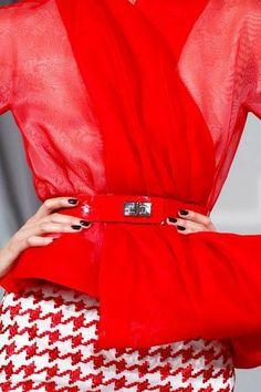Red Fashion, French Fashion, Fashion Details, High Fashion, Fashion Show, Fashion Design, Dior Couture, Couture Fashion, Runway Fashion