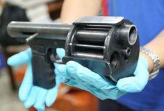A Deadly Arsenal Of Home Made Guns (40 pics)
