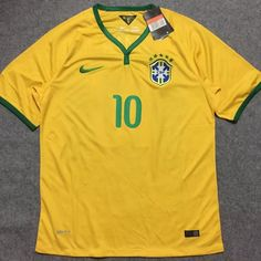 Brazil national football team Nike WC 2014 Retro Classic Camiseta FÚTBOL  SOCCER KIT CALCIO SHIRT JERSEY FUSSBALL CAMISA TRIKOT MAILLOT MAGLIA  Camiseta BNWT 6e9b489fb