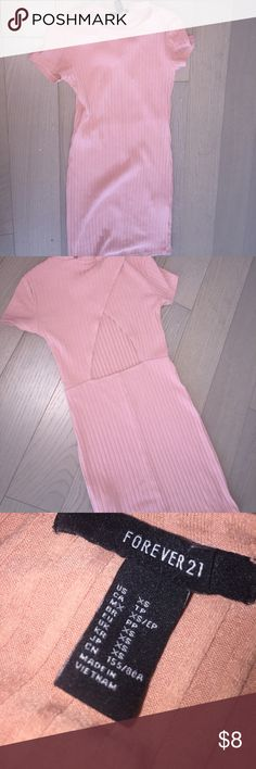 Pink body con dress Pink body con dress it has a small rip near the neck area but other than that's it's in great condition Forever 21 Dresses Mini