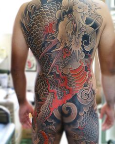 Japanese back tattoo by Japanese Back Tattoo, Japanese Tattoos For Men, Japanese Dragon Tattoos, Traditional Japanese Tattoos, Japanese Tattoo Designs, Japanese Sleeve, Mens Body Tattoos, Life Tattoos, Body Art Tattoos