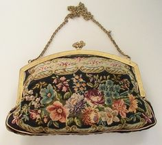 Eye For Design: Decorating With Antique Needlepoint Purses