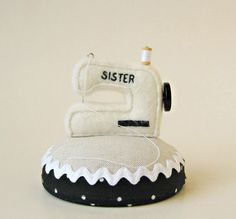 Sewing Machine Pincushion by lifepieces on Etsy