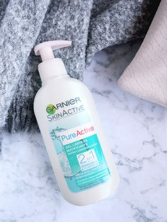 Tea & Curls: Skincare Discovery: Garnier Pure Active Make-up Remover Purifying Wash Make Up Remover, How To Remove, How To Make, Lifestyle Blog, Discovery, Curls, Blogging, Skincare, Personal Care