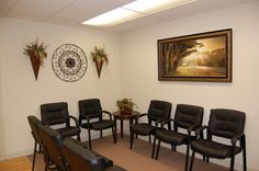 Cumberland Gap Medical, small waiting area.  By L M Cline's LLC Interior Decorating