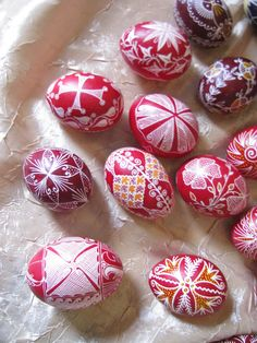 Easter Projects, Projects To Try, Easter Eggs Kids, Easter Traditions, Diy Easter Decorations, Egg Art, Egg Decorating, Bulgarian, Easter Baskets