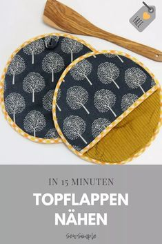 Topflappen nähen in 15 Minuten You are in the right place about topflappen stricken anleitung Here w Beginner Knitting Projects, Sewing Projects For Beginners, Easy Knitting, Knitting For Beginners, Patchwork Quilting, Quilts, Stitch Crochet, Diy Couture, Baby Knitting Patterns