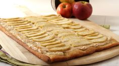 Apple and Cream Cheese Pizza