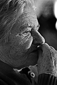 Grandma by Geraldo Dias on 500px